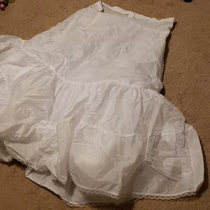 Size 24 petticoat